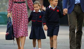 Prinzessin Charlotte und Prinz George kehren zum neuen Schuljahr an ihre Schule zurück. So werden die Mini-Royals von ihren Mitschülern genannt! (Foto)