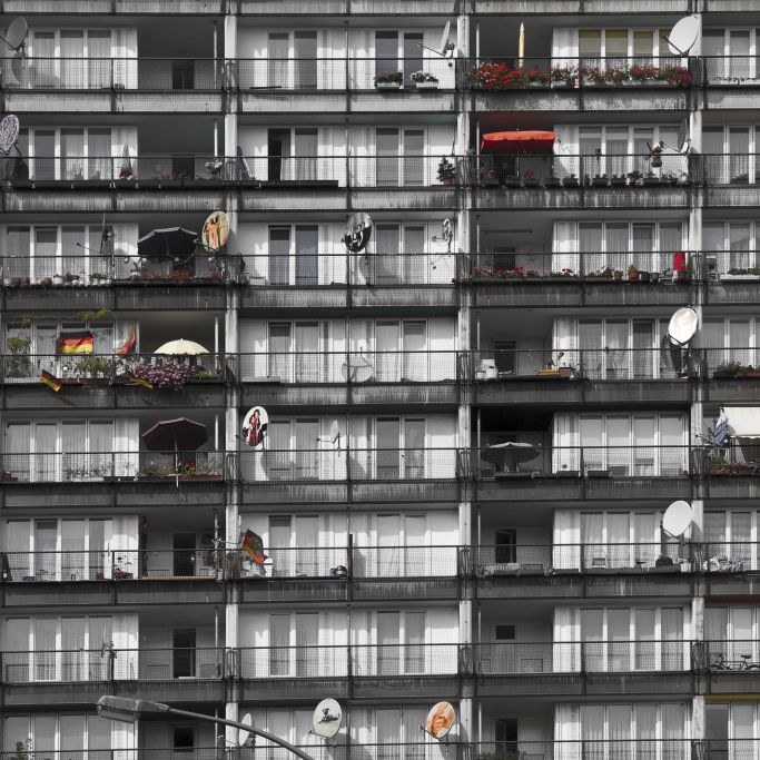 Mädchen (12) stürzt aus 9. Stock - TOT (Foto)