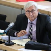 Intensivstation! So geht es Sachsen-Anhalts Finanzminister nach dem Herzinfarkt (Foto)