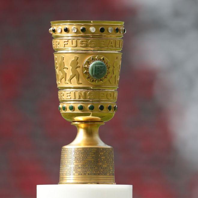 1. FC Düren rausgekegelt! FC Bayern München nach Sieg in Runde 2 (Foto)
