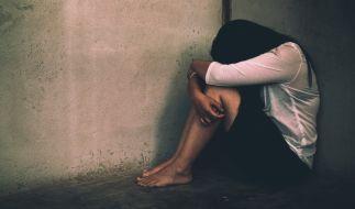 Im englischen Woore (Shropshire) ist eine junge Frau in einem Park vergewaltigt worden (Symbolbid). (Foto)