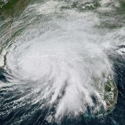 Notstand: Monster-Sturm hinterlässt Schneise der Verwüstung (Foto)