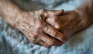 Die Seniorin wurde in ihrem eigenen Haus überfallen und vergewaltigt. (Foto)
