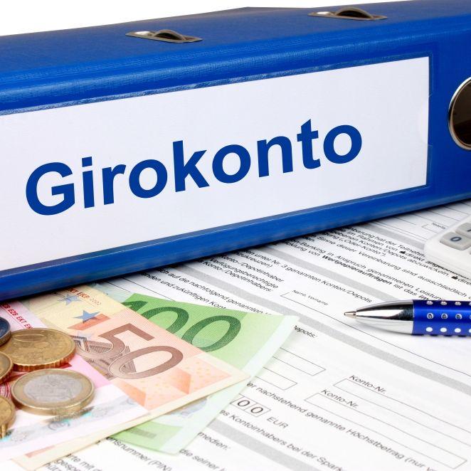 Gratis war gestern! Bei DIESEN Banken ist das Girokonto noch kostenlos (Foto)