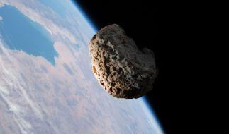 Am 24. September 2020 schrammt ein Asteroid haarscharf an der Erde vorbei. (Foto)