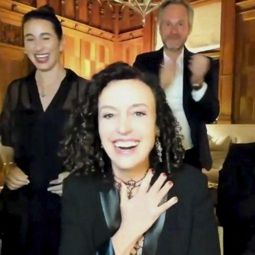 Die Gewinner im Überblick: Deutsche Maria Schrader gewinnt Emmy! (Foto)