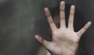 5 Teenager wurden festgenommen, nachdem eine 19-Jährige vergewaltigt worden war. (Foto)