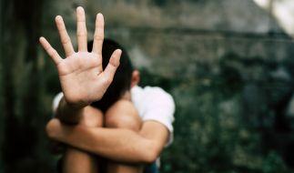 Eine 20-Jährige hat einen 13-Jährigen missbraucht. (Foto)