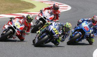 Beim MotoGP-Rennen zum Großen Preis von Katalonien liefern sich die Motorrad-Piloten eine erbitterte Schlacht. (Foto)