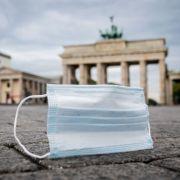 Über 2500 neuer Fälle! Jugendliche feiern Corona-Party in Berlin (Foto)