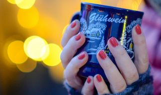 Glühwein ist tabu: Einige Weihnachtsmärkte dürften 2020 mit einem Alkoholverbot stattfinden. (Foto)