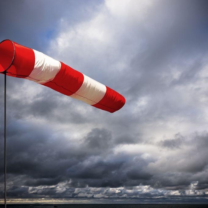 Orkan im Oktober? Meteorologen warnen vor schweren Stürmen (Foto)