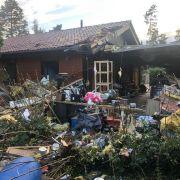 Explosion zerstört Wohnhaus! Mann (49) schwer verletzt (Foto)