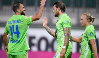 Der VfL Wolfsburg kämpft am Donnerstag gegen AEK Athen um den Einzug in die EL-Gruppenphase. (Foto)