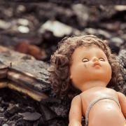 Täter stach 100 Mal zu! Baby mit Schraubenzieher getötet (Foto)