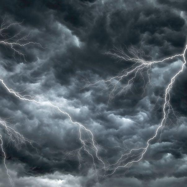 Alarmstufe Rot! Meteorologen warnen vor Extrem-Föhnsturm (Foto)