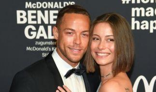 """Andrej Mangold und Jennifer Lange sind mit im """"Sommerhaus der Stars"""" 2020. (Foto)"""