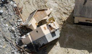 Frankreich, Saint-Martin-Vesubie: Ein Haus liegt zerstört. Nach Unwettern und Überschwemmungen in der Region der südfranzösischen Metropole Nizza werden nach Medienberichten mindestens neun Menschen vermisst. (Foto)