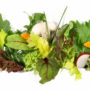 DIESE ungesunden Fehler sollten Sie beim Salat vermeiden (Foto)