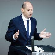 """Nicht reich? Finanzminister sieht sich nun doch als """"Sehrgut-Verdiener"""" (Foto)"""