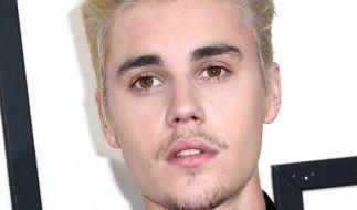 """Justin Bieber hat sich gemeinsam mit Ehefrau Hailey Baldwin Bieber für die """"Vogue Italia"""" ablichten lassen. (Foto)"""