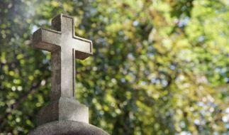 Auf einem Friedhof in Rom werden Frauen nach Abtreibungen bloßgestellt. (Foto)