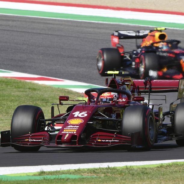 Hamilton siegt in der Eifel - stellt Schumacher-Rekord ein (Foto)