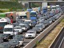Stau-Chaos auf deutschen Autobahnen zu Ferienbeginn