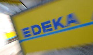 Edeka ruft aktuell mehrere Eistee-Sorten zurück. (Foto)