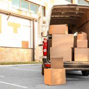 Paketbote lockt Frau in Lieferwagen - und vergewaltigt sie (Foto)