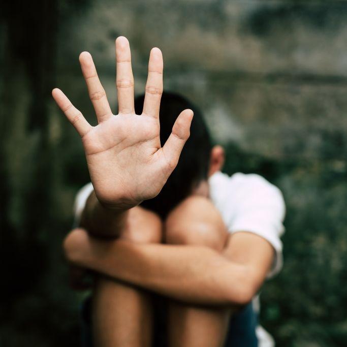 Lächerliche Strafe für pädophilen Vater nach Töchter-Schändung (Foto)