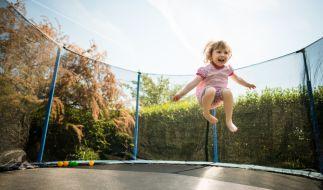 Weil es von seinen Pflegeeltern gezwungen worden war, stundenlang Trampolin zu springen, ist ein Mädchen (8) im texanischen Odessa gestorben. (Foto)