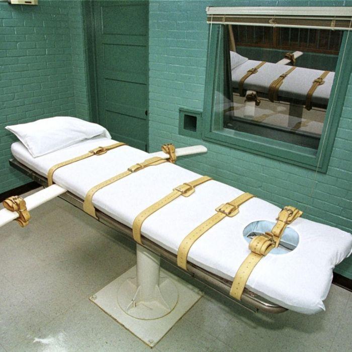 Schwangere aufgeschlitzt, Baby gestohlen - Mörderin wird hingerichtet (Foto)