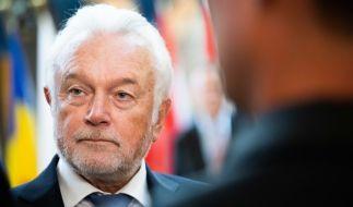 Mit seinem Appell, jeder Bürger sei für seine eigene Gesundheit verantwortlich und solle tun und lassen, was er möchte, zog FDP-Politiker Wolfgang Kubicki den Unmut der Twitter-Nutzer auf sich. (Foto)