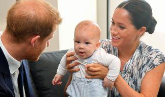 Noch ist Archie Harrison Mountbatten-Windsor kein Prinz - doch das Schicksal des Sohnes von Prinz Harry und Meghan Markle könnte sich in naher Zukunft ändern. (Foto)