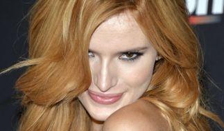 """Bella Thornes Look auf dem Cover der """"Grazia"""" in Chanel ist zum Niederknien. (Foto)"""