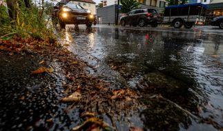 Laut Wettervorhersage drohen in den kommenden Tagen auch Gewitter. (Foto)