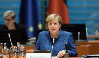 """Kanzlerin Angela Merkel warnte laut Medienberichten intern vor """"sehr, sehr schweren Monaten"""". (Foto)"""