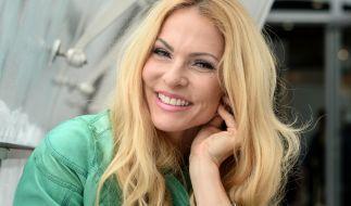 Sonya Kraus verführt einen Schauspielkollegen in einer neuen Serie. (Foto)