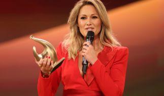 Helene Fischer zurück im TV: Sängerin mit Goldener Henne ausgezeichnet (Foto)