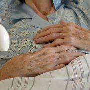 Oma (90) von Mitbewohner sexuell missbraucht und geschlagen (Foto)