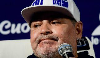 Diego Maradona wurde in ein Krankenhaus eingewiesen. (Foto)