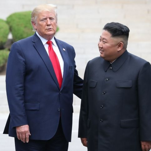 Er will weiter zündeln! Kim Jong-RUMMMS wählt Donald Trump (Foto)
