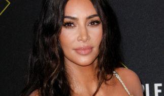 Kim Kardashian macht jetzt auf völlig verhüllt. (Foto)