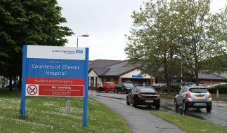 Zum wiederholten Male ist im nordenglischen Chester am Dienstag eine Krankenpflegerin wegen der mutmaßlichen Tötung mehrerer Babys festgenommen worden. (Foto)