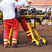 Schweres-Unfall-Drama! Buddy mit Kran aus Wohnung gehievt (Foto)