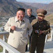 Atomsprengköpfe, Raketen, Millionen-Heer! Nordkorea ist bereit für Krieg (Foto)