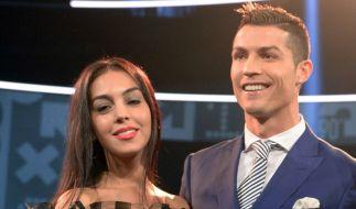 Cristiano Ronaldos Freundin Georgina Rodríguez verzauberte das Netz in einem Kleid mit Löchern. (Foto)