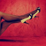 DIESE Promis lassen in Vox-Stripshow die Hüllen fallen (Foto)
