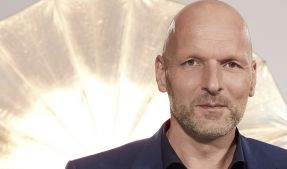 """Markus Ernst gehört zu den """"Hochzeit auf den ersten Blick""""-Experten. (Foto)"""